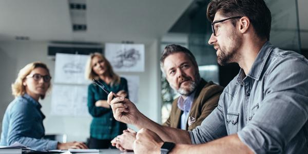 d9f8d864af1 Hør, hvordan du styrker dit personlige salg og får glade kunder